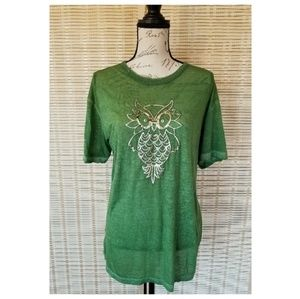 Rojas Soft Vintage Owl Tee in Green & Gold